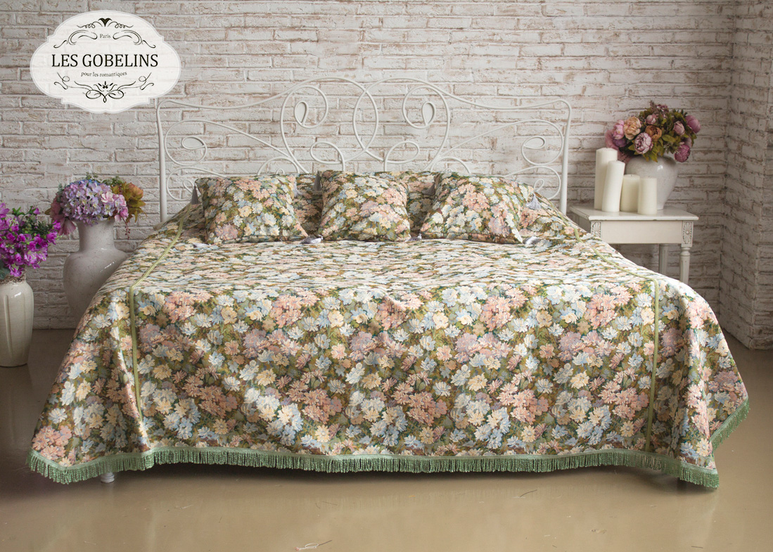 Покрывало Les Gobelins Покрывало на кровать Nectar De La Fleur (260х230 см) les gobelins les gobelins покрывало на кровать nectar de la fleur 210х220 см