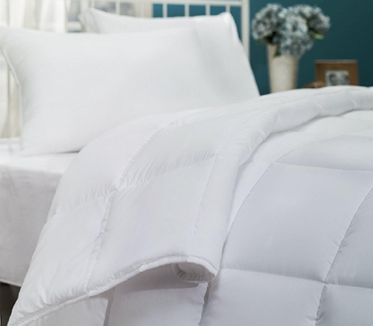 Одеяла Le Vele Одеяло Nano Aloe Vera Всесезонное (155х215 см) одеяла othello одеяло pearl micro kapitone 155х215 см