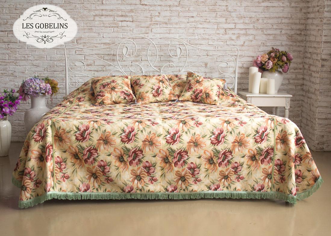 где купить  Покрывало Les Gobelins Покрывало на кровать Coquelicot (220х220 см)  по лучшей цене