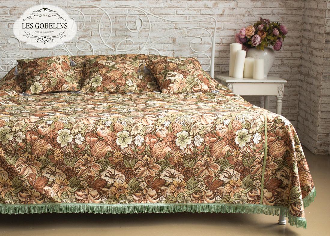 все цены на  Пледы и покрывала Les Gobelins Покрывало на кровать Art Nouveau Lily (230х230 см)  в интернете