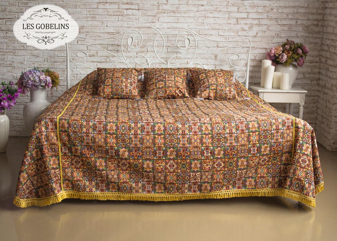 где купить  Покрывало Les Gobelins Покрывало на кровать Mosaique De Fleurs (130х220 см)  по лучшей цене