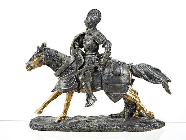 {} ENS GROUP Статуэтка Рыцарь На коне (12х30х35 см) военная миниатюра атакующий английский рыцарь на коне