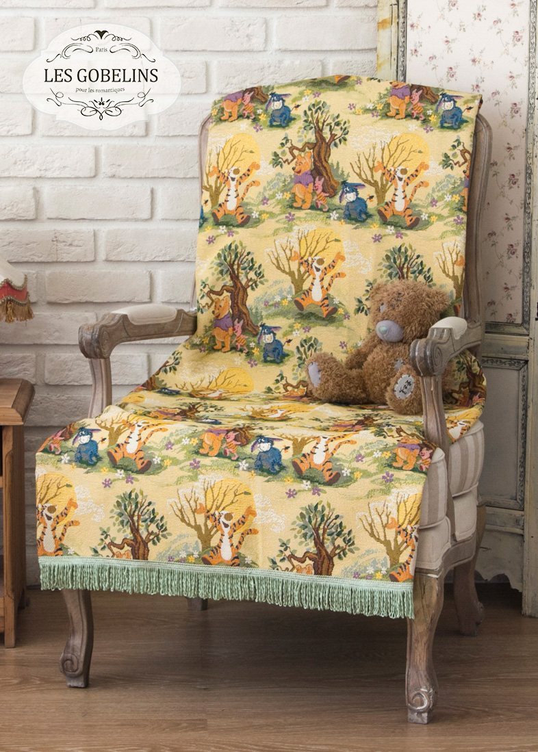 где купить  Детские покрывала, подушки, одеяла Les Gobelins Детская Накидка на кресло Winnie L'Ourson (100х170 см)  по лучшей цене