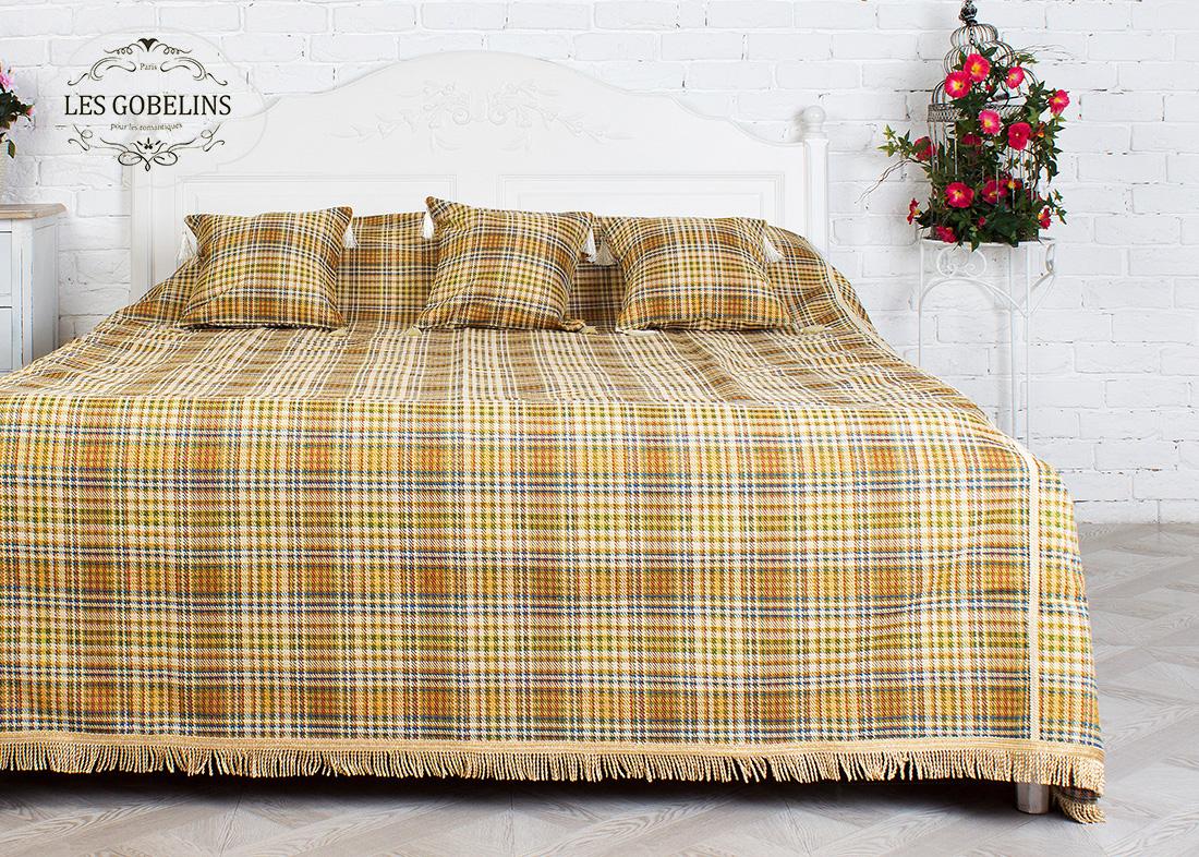 где купить  Покрывало Les Gobelins Покрывало на кровать Cellule vindzonskaya (240х230 см)  по лучшей цене