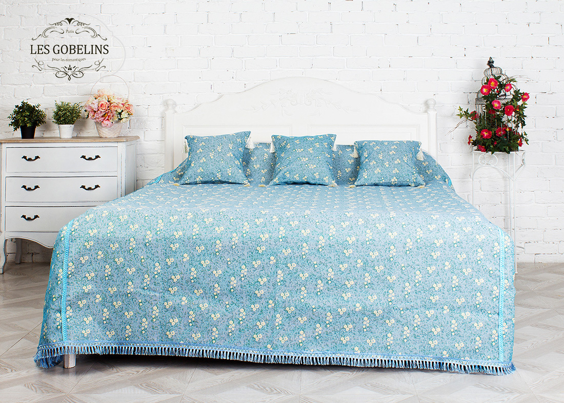 где купить  Детские покрывала, подушки, одеяла Les Gobelins Детское Покрывало на кровать Atlantique (140х220 см)  по лучшей цене