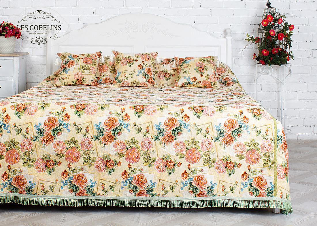 где купить  Покрывало Les Gobelins Покрывало на кровать Rose delicate (210х220 см)  по лучшей цене