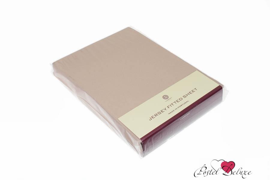 Простыни на резинке LuxberryПростыни на резинке<br>Производитель: Luxberry<br>Страна производства: Португалия<br>Материал: Джерси<br>Декоративный материал: Отсутствует<br>Состав: 100% Хлопок<br>Размер простыни: 200х220 см<br>Высота: 30 см<br>Упаковка: Полиэтиленовый пакет<br><br>Тип: простыня<br>Размерность комплекта: None<br>Материал: Джерси<br>Размер наволочки: None<br>Подарочная упаковка: None<br>Для детей: нет<br>Ткань: Джерси<br>Цвет: Бежевый