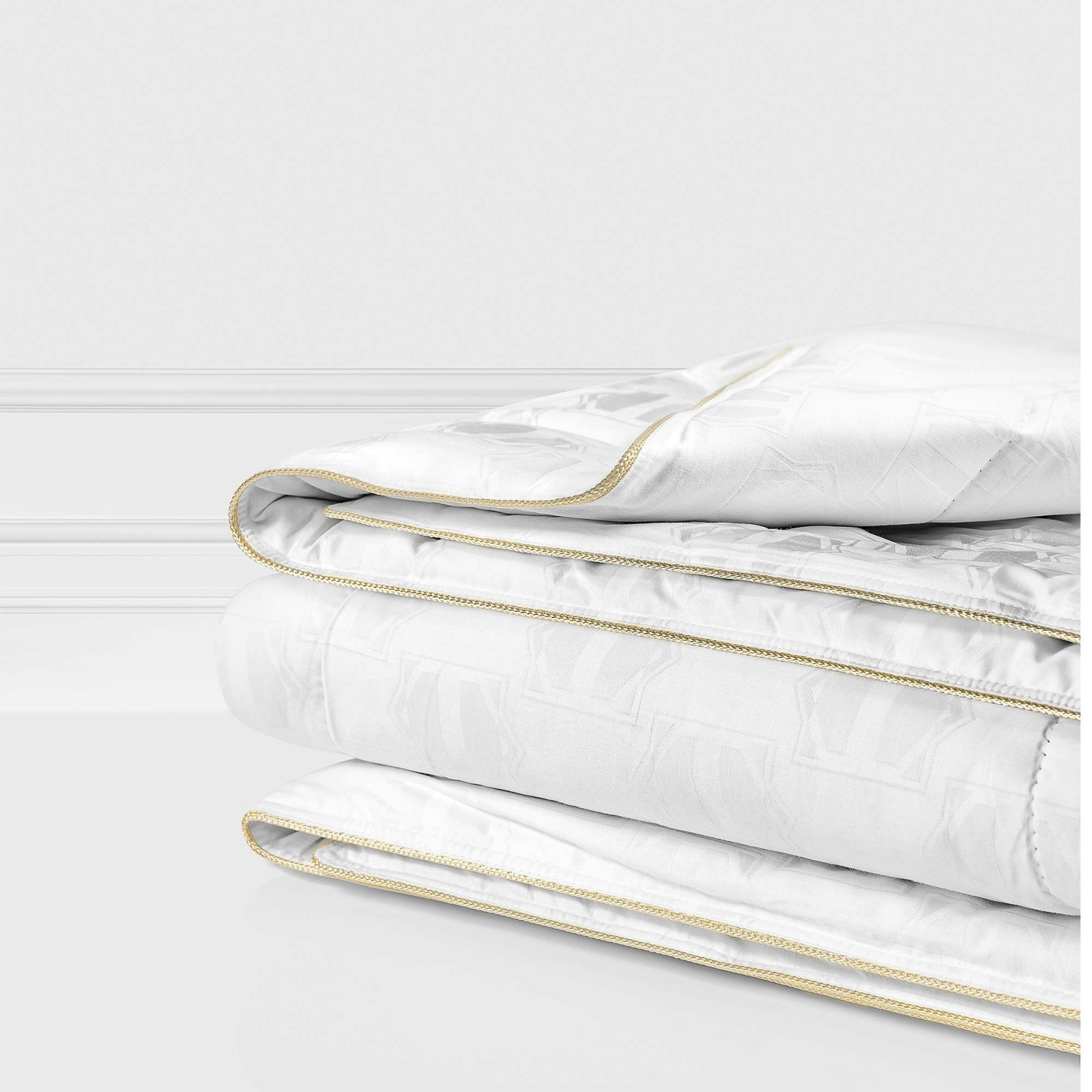 Одеяла Togas Одеяло Маэстро Всесезонное (220х240 см) одеяла togas одеяло гелиос 220х240 см
