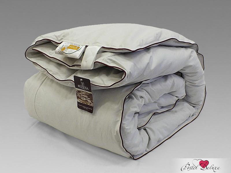 Одеяло NatureSОдеяла<br>Одеяло кассетное очень тёплое двуспальное (евро)<br>Размер: 200х220 см<br><br>Наполнитель: Пух-перо<br>Состав: 70% Пух, 30% Перо<br><br>Материал чехла: Твил<br>Состав: 100% Хлопок<br>Отделка: Кант<br><br>Производитель: NatureS<br>Страна производства: Россия<br>Тип Упаковки: Чемодан ПВХ<br><br>Тип: одеяло<br>Размерность комплекта: евростандарт<br>Материал: Твил<br>Размер наволочки: None<br>Подарочная упаковка: None<br>Для детей: нет<br>Ткань: Твил<br>Цвет: Бежевый