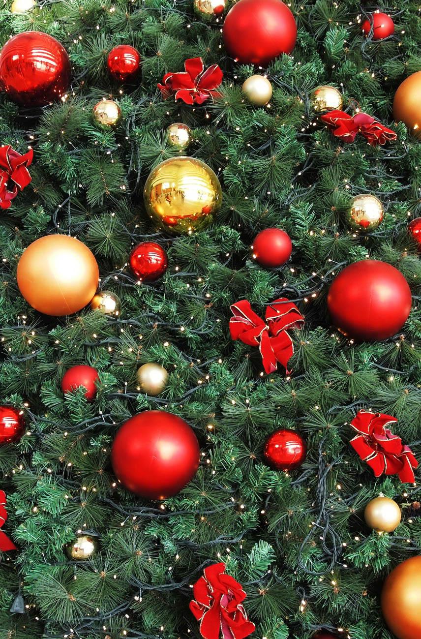 где купить  Покрывало StickButik Покрывало Новогоднее Великолепие (145х220 см)  по лучшей цене